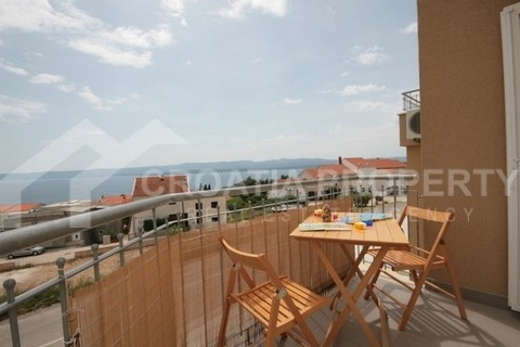Two bedroom apartment with sea view, Bol – Brac