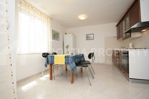 Two bedroom apartment with sea view (3)