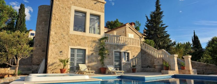 Brac house for sale