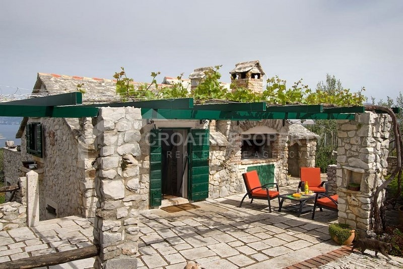 Property for sale in Povlja, Brac island