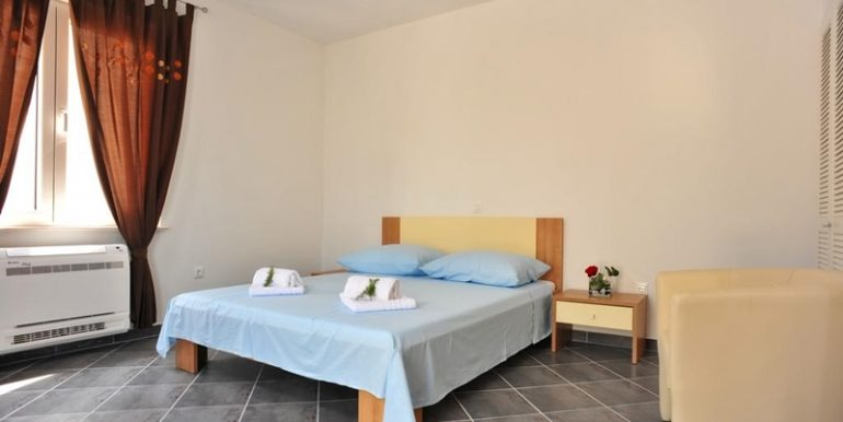 dalmatian villa on brac island (27)