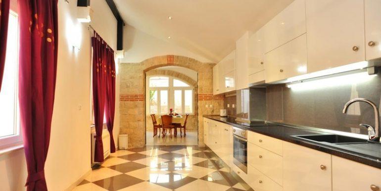 dalmatian villa on brac island (4)