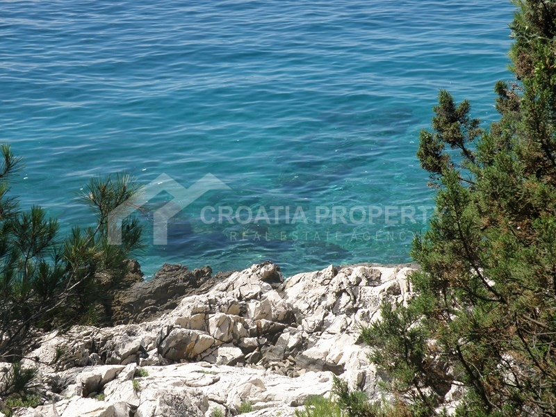 Apartment with beautiful view close to sea, Ciovo
