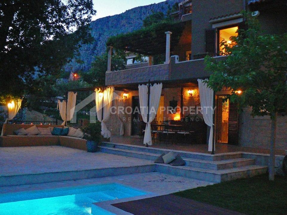 Villa Stocak Bei Omis In Kroatien