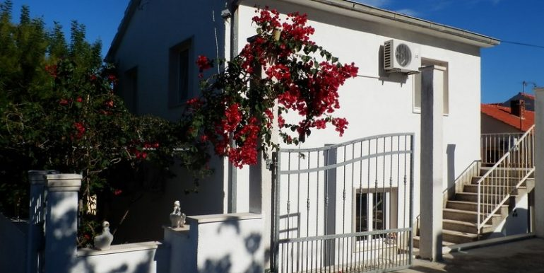 Detached house in Supetar, Brac island