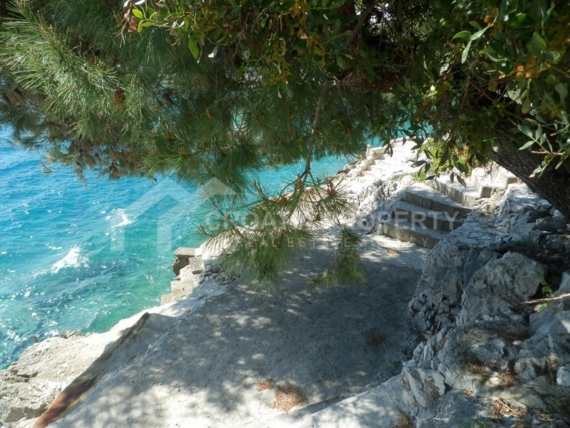 Holiday home on Ciovo island, 1st row by sea