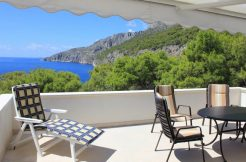 Villa in beautiful location on Hvar island