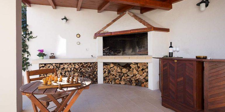 amazing house for sale sutivan brac (2)