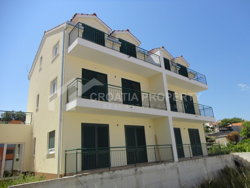Real estate best buy – apartment on the sea, Postira