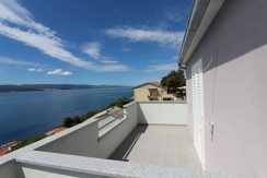 Three new roh-bau apartments near Omis