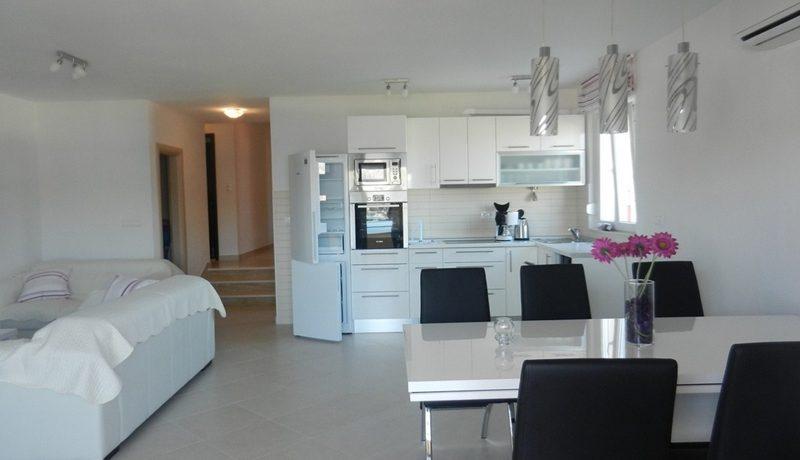 apartment for sale on ciovo island (4)