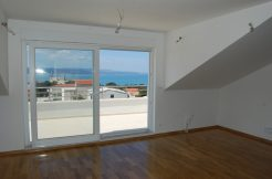 Recently built apartment in Baska Voda