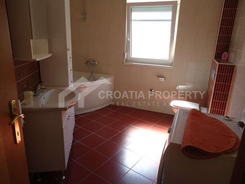 Two bedroom apartment with sea view, Ciovo