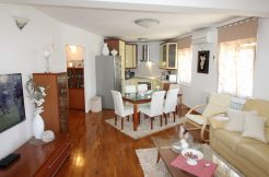 Three bedroom apartment, first row to sea