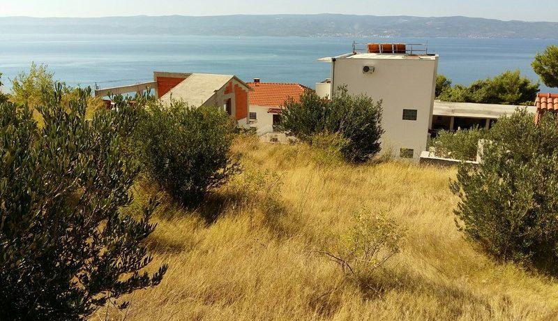building plot near omis seaview (2)