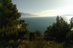 Attractive building lot overlooking sea, Omis