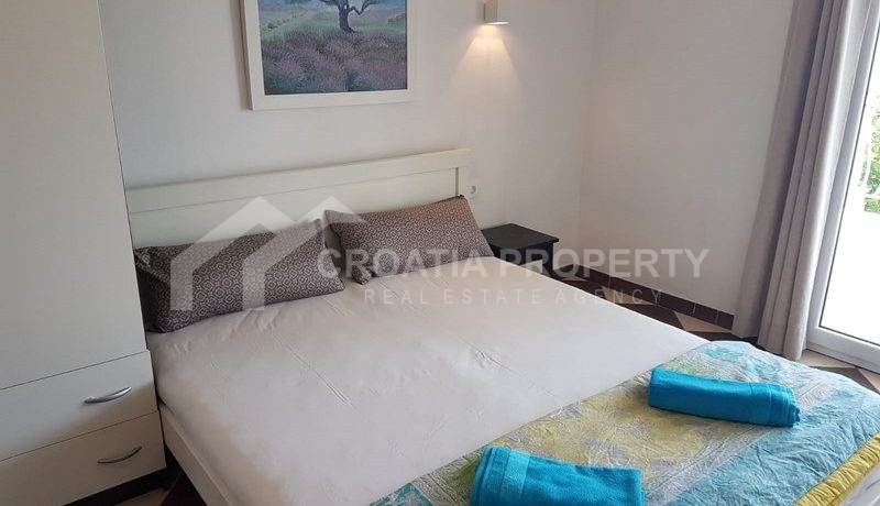 detached house with seaview near Trogir(24)