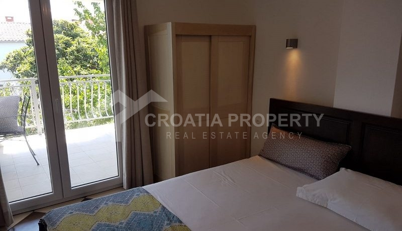 detached house with seaview near Trogir(30)