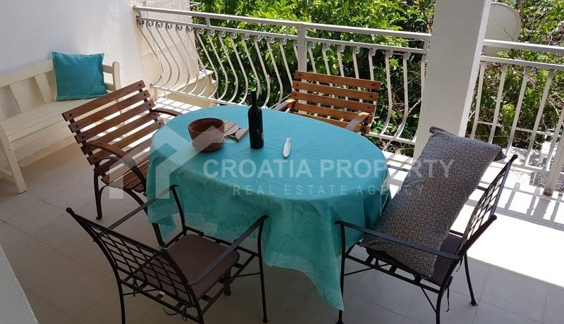 detached house with seaview near Trogir(32)