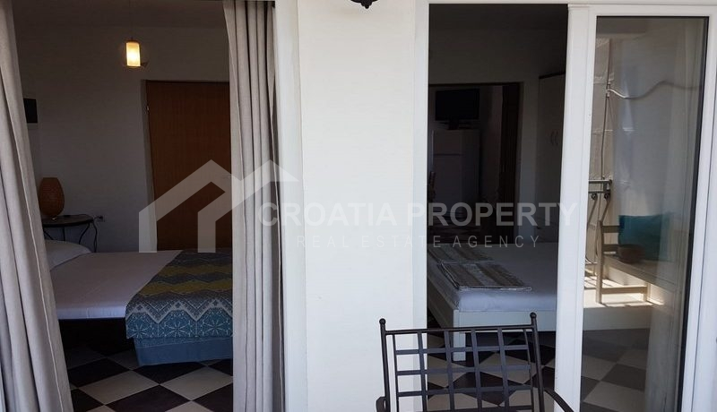 detached house with seaview near Trogir(33)