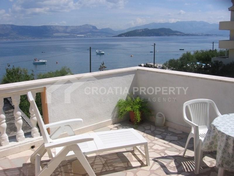 House on Ciovo island, 2nd row by sea