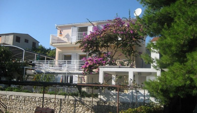 Detached house close to sea, Ciovo island
