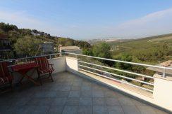 Detached house overlooking Split