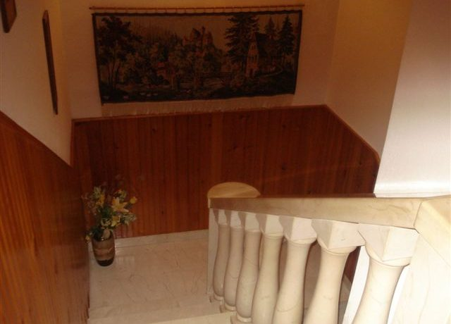 house for sale pucisca (4)
