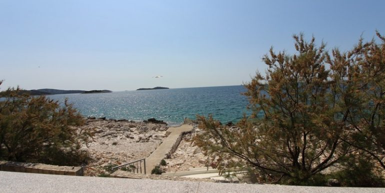 house for sale seafront Rogoznica (13)