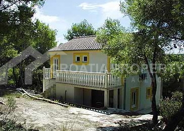 house for sale vis island (6)