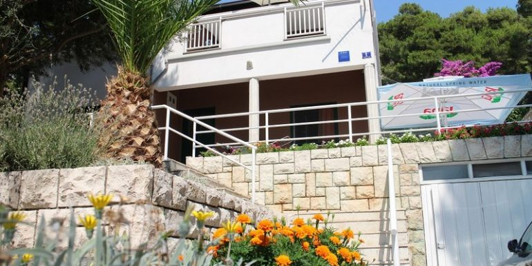 Renovated house with beautiful sea view