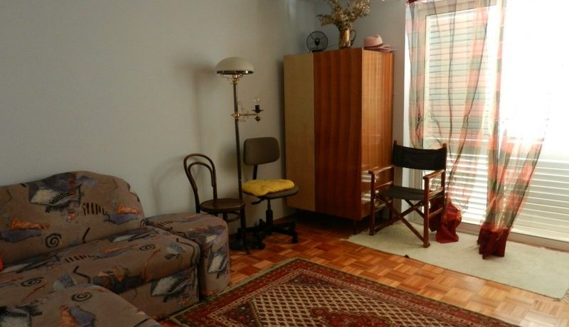 house in slatine for sale (2)