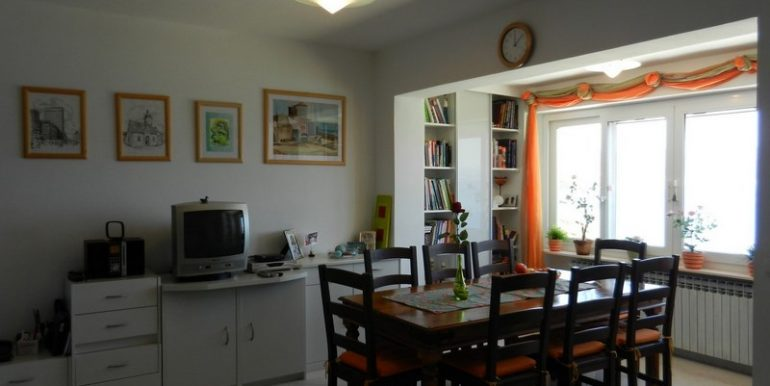 house in slatine for sale (3)