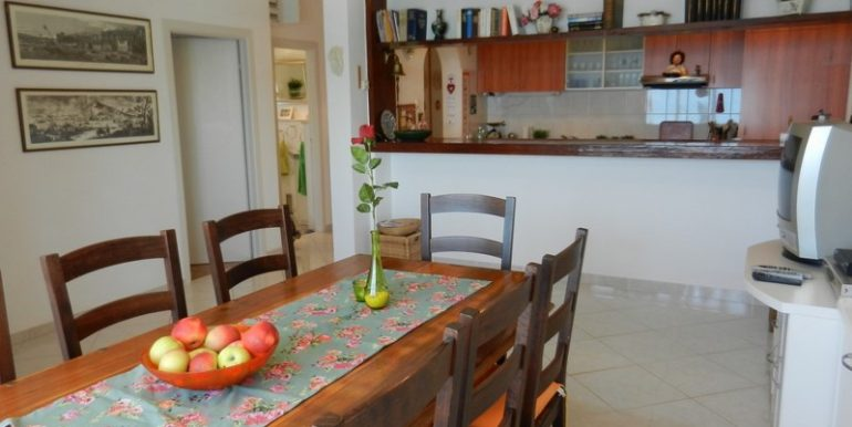 house in slatine for sale (6)