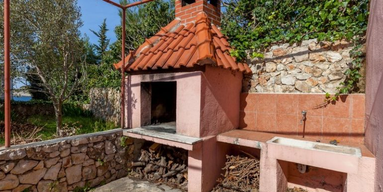 house near sea Rogoznica for sale (15)