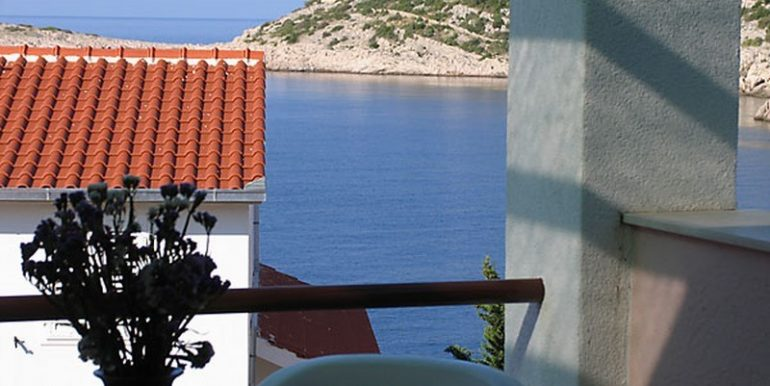 house near sea Rogoznica for sale (2)