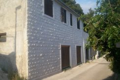 House for sale near sea on Brac Island