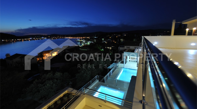 Newly built villa in peaceful location in Rogoznica