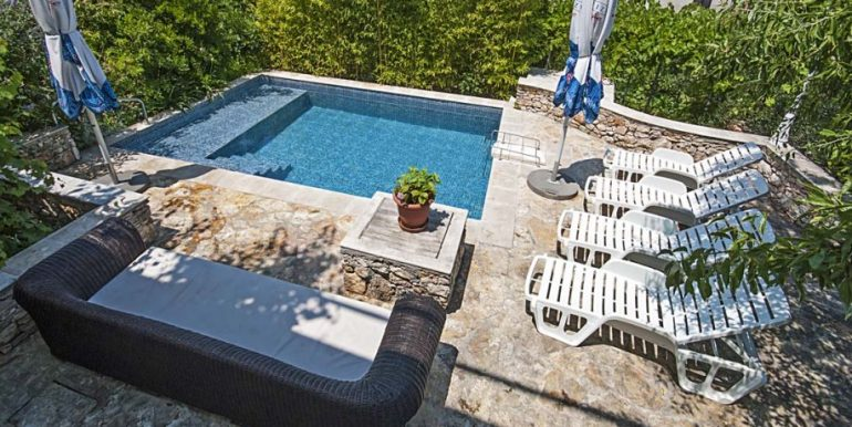 obiteljska-kuca-bazenom-sutivan-otok-brac-slika-38398764