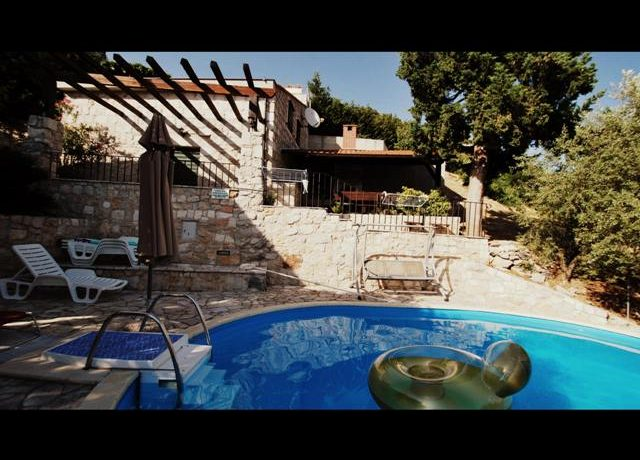 old stonehouse for sale (12)
