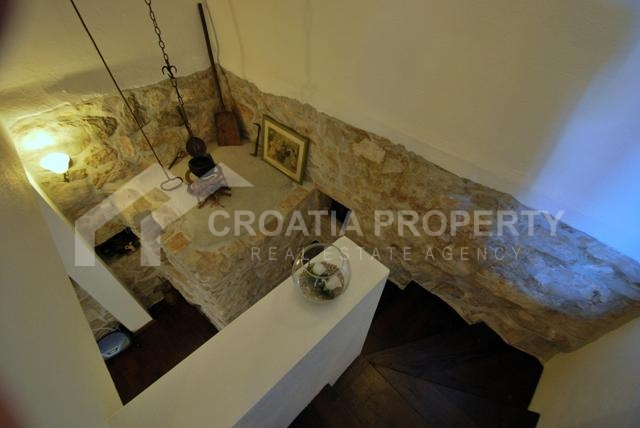 old stonehouse for sale (2)