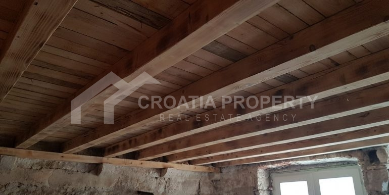 stone house for sale Vis (4)