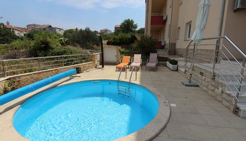 Modern three bedroom apartement on island Ciovo