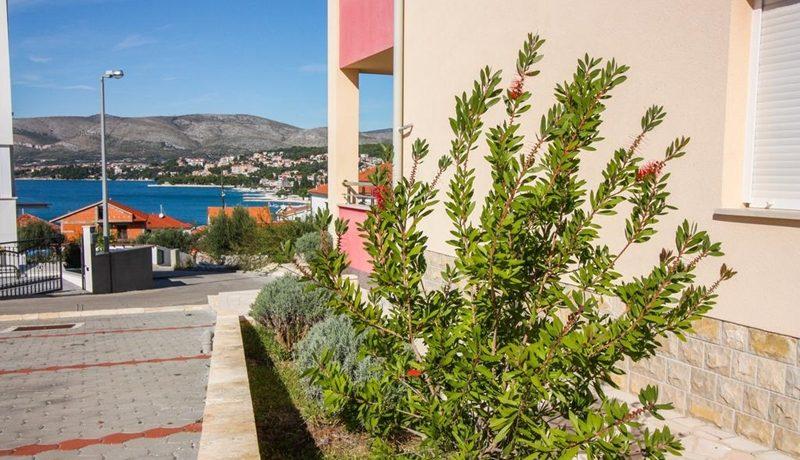 three_bedroom_apartment_for_sale_Trogir_(3)