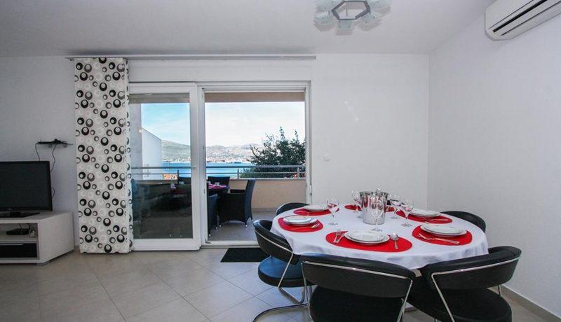 three_bedroom_apartment_for_sale_Trogir_(7)