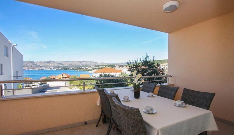 three_bedroom_apartment_for_sale_Trogir_(9)