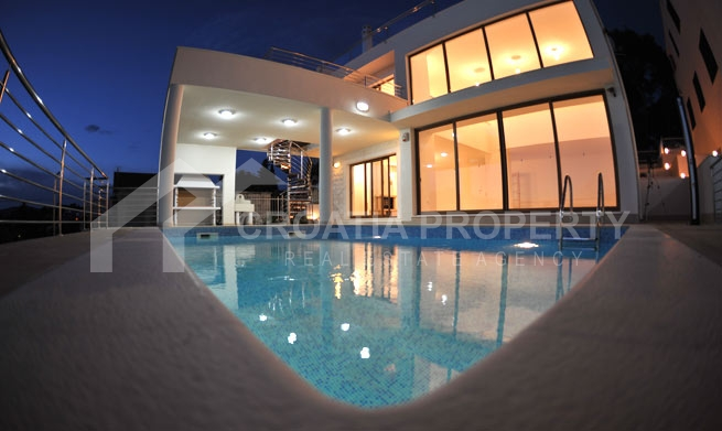 Newly built, exclusive villa in Rogoznica
