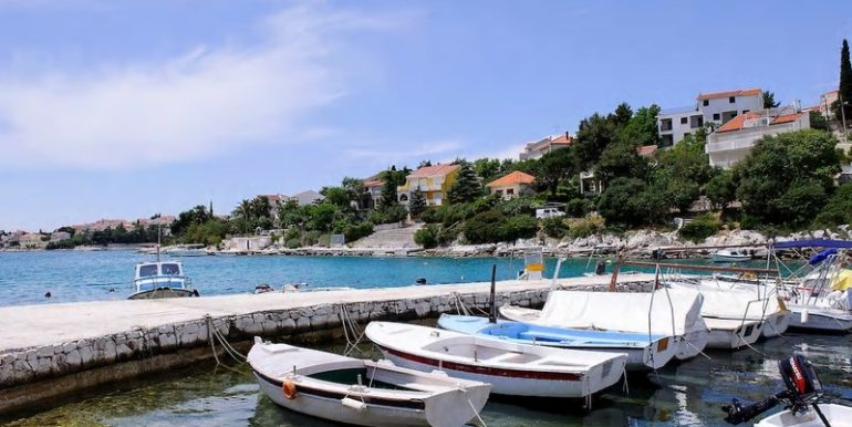 Villa in beautiful location near sea, Ciovo