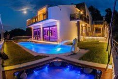 Villa, Ciovo island, Okrug Gornji