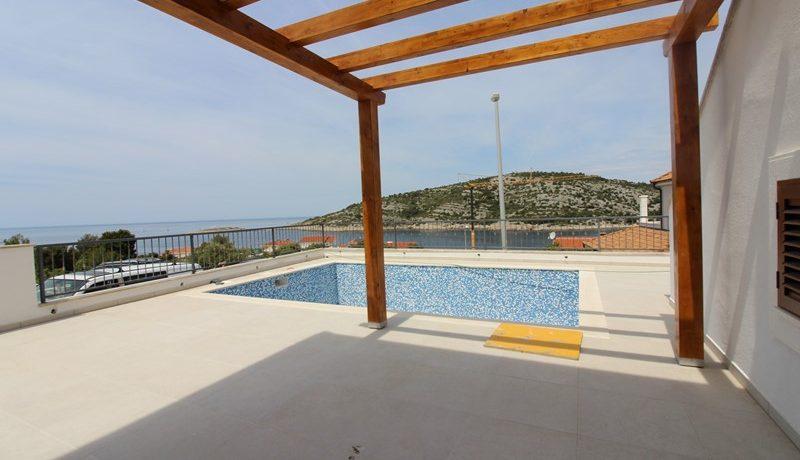 Luxurious villa near sea, Rogoznica